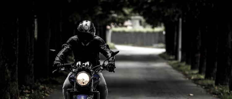 Pościg policji za motocyklistą pod Legionowem