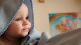 Od poniedziałku 1 lipca nowe zasady Programu 500 plus. Świadczenie będzie przysługiwało na każde dziecko.