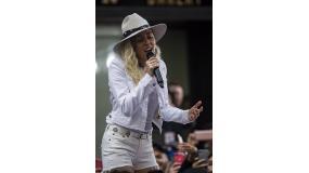 Miley Cyrus wystąpi w Legionowie?