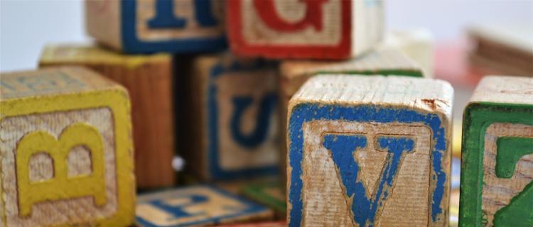 Doceniane i lubiane przez najmłodszych drewniane zabawki